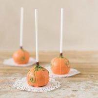 pumpkin-cake-pops
